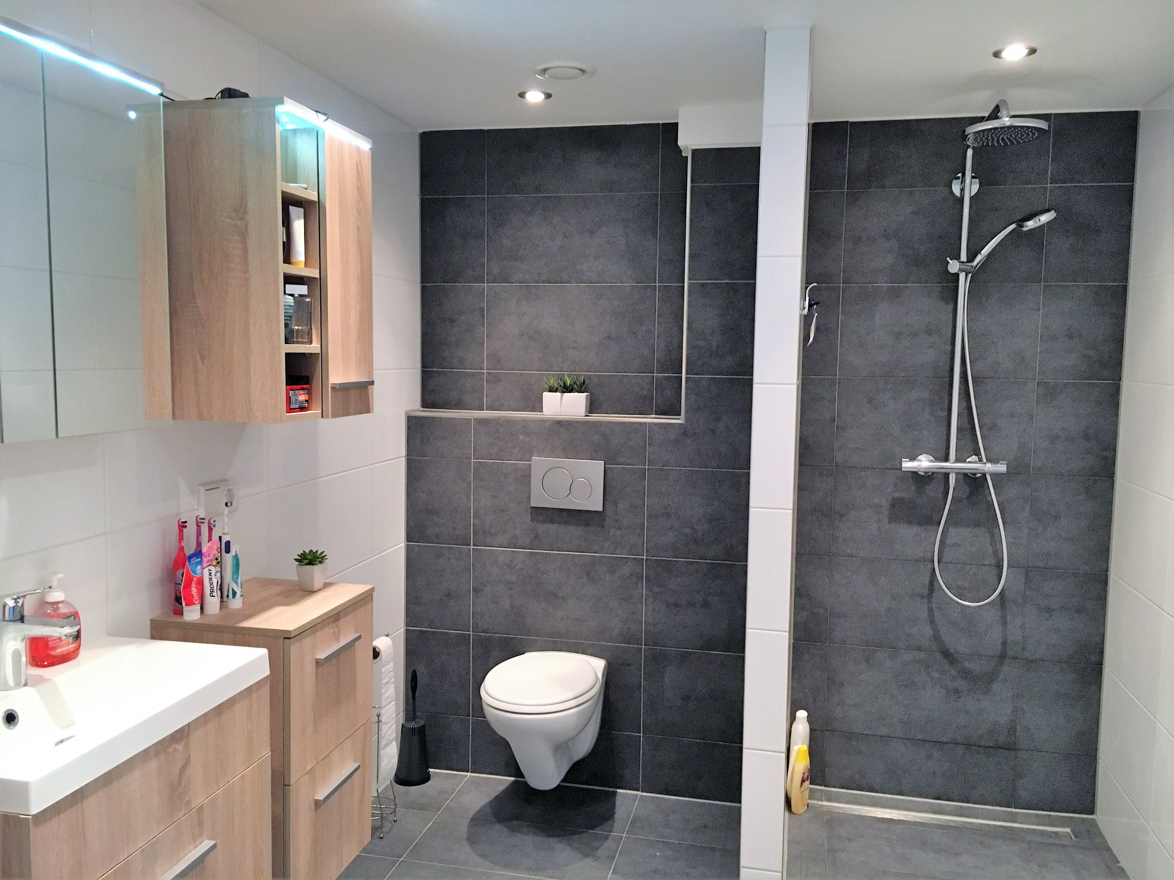 Geweldige badkamerrenovatie laten uitvoeren